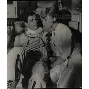 1962 Press Photo Dany Saval French Tony Curtis Jerry - RRW81983