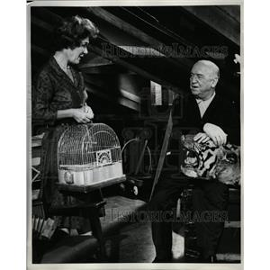 1963 Press Photo Actors William Frawley and Sarah Selby - RRW19051