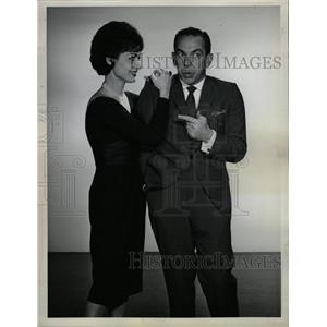 1963 Press Photo Jack Carter Carol Lawrence Sullivan - RRW13319