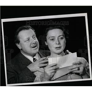 1960 Press Photo Woman In White Slezak McKenna - RRW07445