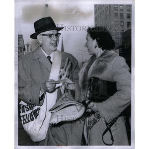 1959 Press Photo Herman A. Schmier Ethel Baker - RRX59197