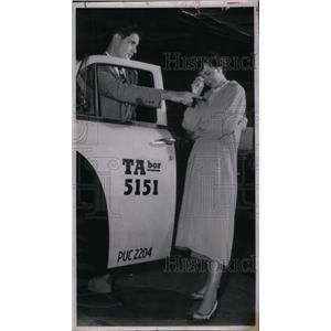 1953 Press Photo Eva Tearful Moment Test Balobon flunk - RRX26375