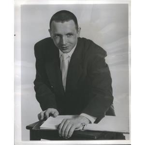1956 Press Photo Henry Salomon The Great War Program Television - RSC94871