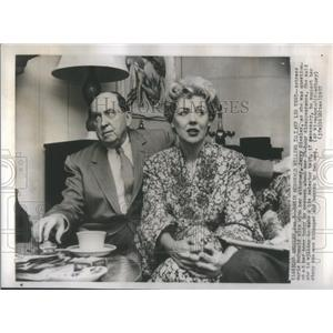 1957 Press Photo Actress Marie McDonald Questioned About Her Kidnapping
