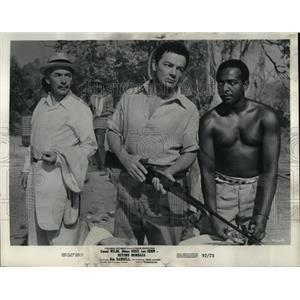 1957 Press Photo Cornel Wilde Beyond Mombasa - RRW83435