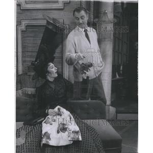 "1957 Press Photo Actors Anne Rogers And Brian Aherne Appear In ""My Fair Lady"""