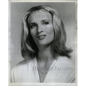 1965 Press Photo Patricia Brooks Actress Soprano - RRW17527