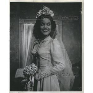 1945 Press Photo Hilda Simms plays the Title Role in Anna Lucasts Civic Theater