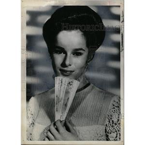 "1966 Press Photo Geraldine Chaplin in ""Dr. Zhivago"" - RRX64173"