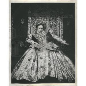 1959 Press Photo Eva Le Gallienne Mary Stuart- RSA99939