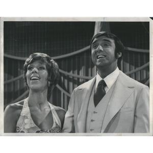 1970 Press Photo Actress Carol Burnett And Actor Jim Nabors - RSC99697