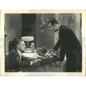 "1937 Press Photo Actors Henry Kolker And John Howard In Movie ""Let Them Live"""