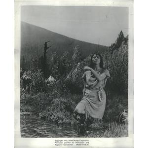 """1955 Press Photo Elsa Martinelli actress and star of """"The Indian Fighter"""""""