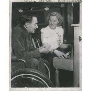1946 Press Photo Barbara Reeve London Arrived Sunday Night Plane Plays Husband