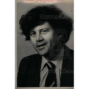 1981 Press Photo Bruce Beresford Australian Director - RRX33699