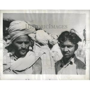 1944 Press Photo Indian Natives People - RRX83683