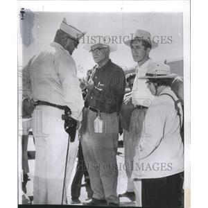 1967 Press Photo David Thompson Atomic Energy Guard - RRX89135
