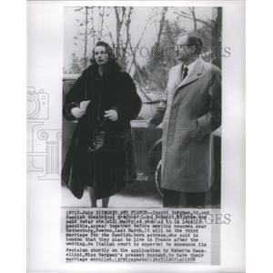 1958 Press Photo Ingrid Bergman Swedish Film Actress & Husband Lars Schmidt