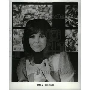1974 Press Photo Judy Carne English Rowan Martin Laugh - RRX57393