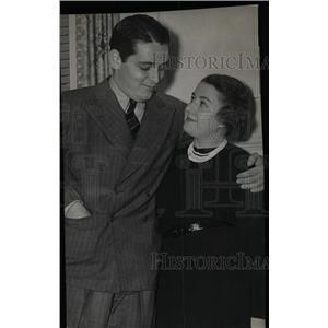 1937 Press Photo Ring Lardner screenwriter engaged - RRW78329