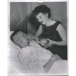 1958 Press Photo David Lancaster American Film Actor Hospitalized Chicago