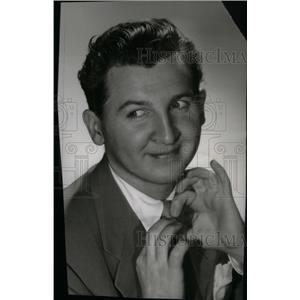 1946 Press Photo Eddie Bracken Ladies' Man - RRX41507
