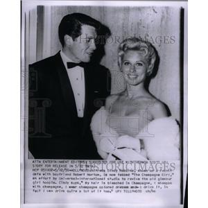 1959 Press Photo Cindy Robbins American Actress - RRX60191