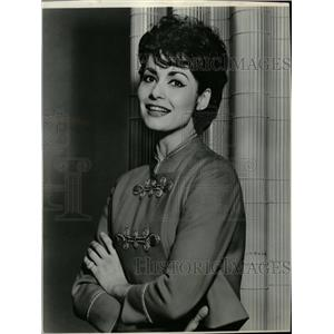 1962 Press Photo Carol Lawrence Musical Theatre Actress - RRW17749