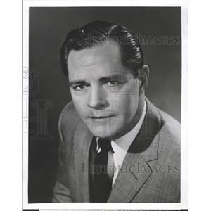 1957 Press Photo Donald Woods Hotel Cosmopolitan - RRW27977