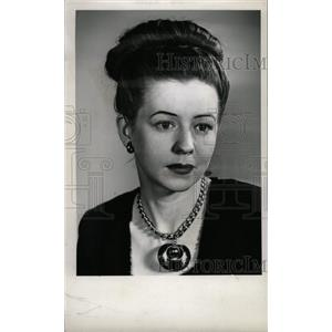 1945 Press Photo Bette Wright Film Actress Chicago - RRW82403