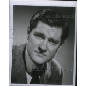 1956 Press Photo Eric Sevareid CBS News Journalist - RRX45431