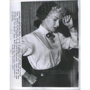 1955 Press Photo Actress Jil Jarmyn Susan Hayward Donald Barry film TV star home