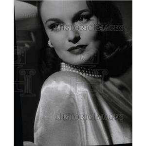 1947 Press Photo Dorothy Hart American screen actress - RRW79041