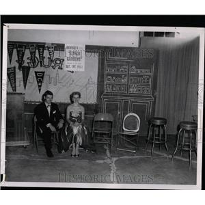 "1955 Press Photo Fred and Fae ""Soda Shoppe"" - RRW07201"