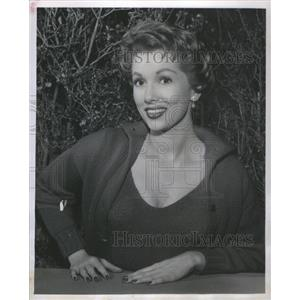 1957 Press Photo Beautiful Elaine Edwards Is Featured In The People Choice