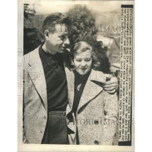 1942 Press Photo Actress Patricia King and Director husbadn Louis King