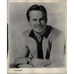 1956 Press Photo Ralph Meeker American Film Actor - RRW24921