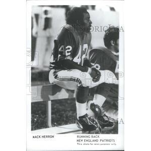 1974 Press Photo Mack Herron Running Back New England Patriots - RSC26355