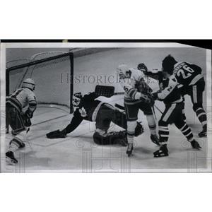 1979 Press Photo Gardner John Van Boxmeer Hockey - RRX43253