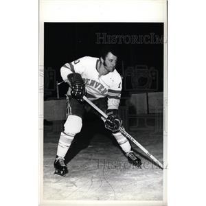 1973 Press Photo Tom Peluso Denver University Hockey - RRW73863