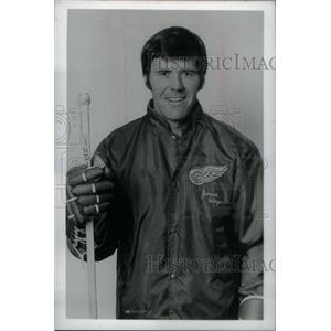 1974 Press Photo Billy Dea, Red Wings - RRX39483