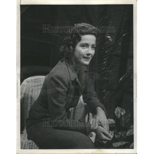 1958 Press Photo Leora Dana - RRU03303