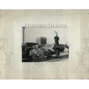 1938 Press Photo Protecting Koaliang Millet Bandits