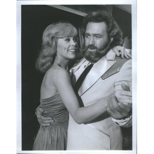 Press Photo Elaine Joyce/Actress/Dan Haggerty/Actor/Grizzly Adams - RSC77625