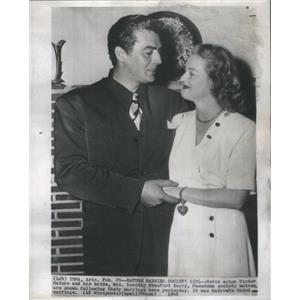 1948 Press Photo Movie Actor Victor Mature and bride Mrs. Dorothy Stanford Berry