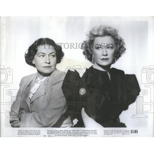 "1951 Press Photo Thelma Ritter and Meriam Hopkins ""The Mating Season"""