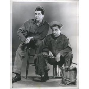 1955 Press Photo The Soldiers Series Actors D'Andrea March Promotion Portrait