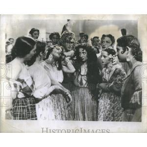 1947 Press Photo Viviane Romance French Movie Actress Carmen - RSC41329