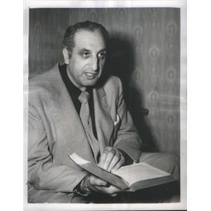1951 Press Photo Sam Scar Actor Loss Speech Fall Ship World War II - RSC86163