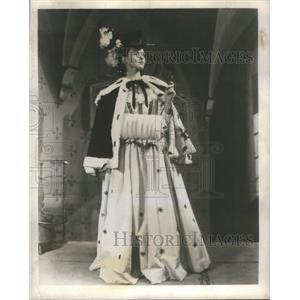 1947 Press Photo Frances Reid Cyrano De Bergerac Actress - RSC43429